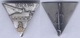 Insigne Du 15e Régiment D'Artillerie Lourde Divisionnaire - Armée De Terre