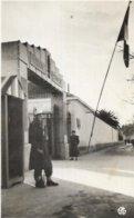 ALGERIE.  SIDI BEL ABBES. L ENTREE DE LA CASERNE DE LA LEGION - Sidi-bel-Abbès