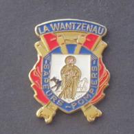 1 Pin's Sapeurs Pompiers De LA WANTZENAU (BAS RHIN - 67) - Bomberos