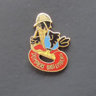 1 Pin's Sapeurs Pompiers De BASSEMBERG (BAS RHIN - 67) - Bomberos