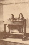 ANGERS - Institution Jeanne D'Arc - Table Nouveau Système, Permettant De Travailler Indifféremment Assis Ou Debout - Angers