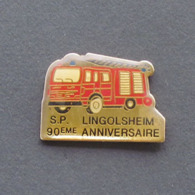 1 Pin's Sapeurs Pompiers De LINGOLSHEIM 90eme ANNIVERSAIRE (BAS RHIN - 67) - Brandweerman