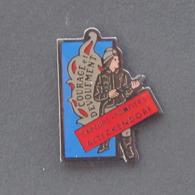 1 Pin's Sapeurs Pompiers D'ALTECKENDORF (BAS RHIN - 67) - Brandweerman