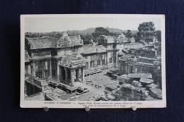 G-251 / Asie  Cambodge - Ruines D'Angkor - Angkor-Vath, Porche Central Des Galeries Ouest Du 2e étage / Circulé - Cambodge