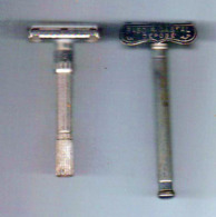 2 Anciens Rasoir Mècanique - Razor Blades