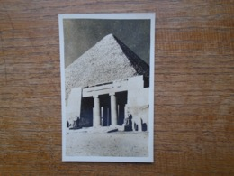 Egypte , Le Caire , Temple And Pyramid - Piramiden