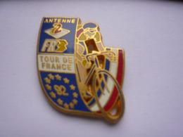 Pin S Signer DECAT A Voir - Badges
