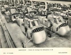 GRANDE PHOTO ORIGINALE  MARIGNANE  CHAINE DE MONTAGE HELICOPTERES S-58 FORMAT  23 X 18 CM - Aviation