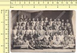 REAL PHOTO School Kids Girls Class, Pupils And Teacher, École Enfants Classe Élèves Filles Et Professeur ORIGINAL - Anonymous Persons