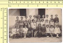 REAL PHOTO School Kids Girls Class, Teacher And Children, École Enfants Classe Élèves Filles Et Professeur ORIGINAL - Anonymous Persons