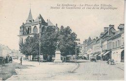 27 - LE NEUBOURG - La Place Des Tilleuls - Statue De Gambetta Et Rue De La République - Le Neubourg
