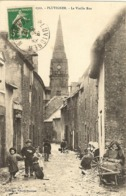 56 - PLUVIGNER - Vieille Rue 32 - Pluvigner