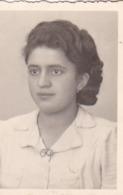 AK Foto Porträt Einer Frau - Photo-Atelier Hans Gemperle, Wien - 1943 - 6,5*4,5cm (44790) - Anonyme Personen