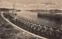 Belgique , Cpa OSTENDE , Entrée Du Nouveau Port (11444) - Oostende