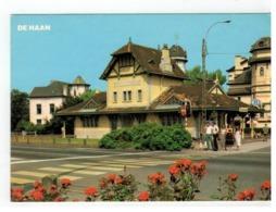 DE HAAN  Stationsplein  Place De La Station - De Haan