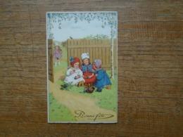 Carte De Bonne Fête , Petites Filles Et Leur Panier D'oeufs De Paques - Pasen