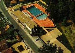 CPM MONTMORILLON - La Piscine (216781) - Montmorillon
