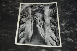 7758     Catacombe Di Roma, Una Galleria - Roma