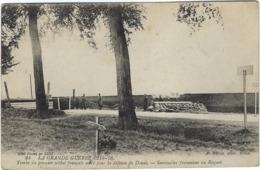 59  Douai Guerre 1914-1918  Tombe Du Premier Soldat Francais Mort Por La Defense De Douai  Sentinelles Francaises Au Raq - Douai