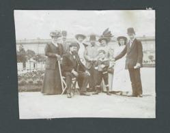 LA MODE Bourgeoise Début Des Années 1900 Groupe De Personnes People Notables  élégance Et Chic Photo Ancienne Real Foto - Personnes Anonymes