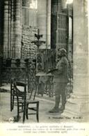 SOISSONS  = Le Peintre Militaire G BOUCART Achevant Un Tableau.... 1012 - Soissons