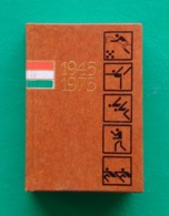 1945-1975 HUNGARIAN SPORT OF THREE DECADES  MINIATURE BOOK SPORTS PHOTOS - Other