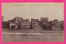 CPA (Réf: Z 2539) BIARRITZ (64 PYRÉNÉES ATLANTIQUES) Villas Sur La Mer Entre Le Palais Et Le Phare - Biarritz