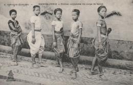 *** CAMBODGE ***  PHNOM PENH  Petites Coryphées Du Corps De Ballet -  Unused TTB - Cambodge