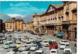 AOSTE - Place Chanoux - Voiture : Citroen DS - Ami 6 - Renault Dauphine - 4 L - - Aosta