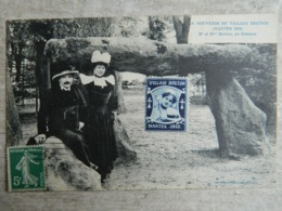 SOUVENIR DU VILLAGE BRETON     NANTES 1910      MR ET MME BOTREL AU DOLMEN - Nantes