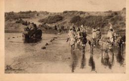 La Guerre Au Maroc - Tanks Traversant L'Ouergha à Tafant, Animée - Otras Guerras