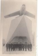 RUSSIA.  # 3074 Photo. AIRCRAFT, AIRCRAFT, PILOT. Vinnitsa. Monument. - Photographs