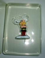 Figurine Astérix 8,5 Cm En Résine Plastoy - Asterix & Obelix