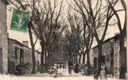 D24  EYMET Allée Des Marguerites  ..... Avec Le Facteur Sur Son Vélo - Frankreich