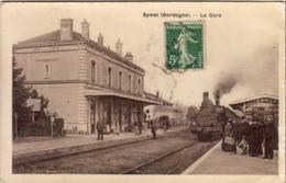 D24  EYMET La Gare   ..... Vue Des Quais Avec Locomotive - Autres Communes