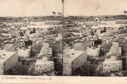 Carte Postale Stéréoscopique   Tunisie Cimetière Arabe A Sousse - Stereoscopi