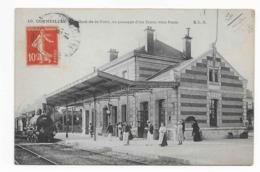 CORMEILLES - Le Quai De La Gare - Au Passage D'un Train Vers Paris - Cormeilles En Parisis