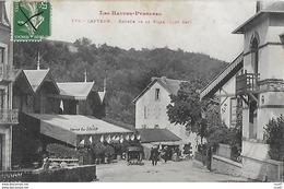 CPA (65)  CAPVERN.  Entrée De La Ville, Animé, Attelage, Casino Du Chalet , La Poste.  .I 754 - Frankrijk