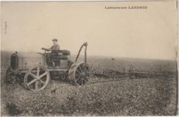 CPA  LABOUREUSE LANDRIN 3 - Tracteurs