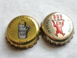 Lote 2 Chapas Kronkorken Caps Tappi Cerveza Berliner. Berlín. Alemania - Cerveza