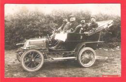 Superbe Plan En Carte Photo Véhicule Tacot De Dion Bouton 1904 Type Tonneau Militaires Médaillés à La Pose - Cartoline