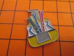 1219 Pin's Pins : BEAU ET RARE : Thème SPORTS / SPORTS D'HIVER SKIS TELECABINE - Wintersport