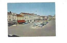 CHALONS SUR MARNE  PLACE DE LA REPUBLIQUE   VOITURE DS   2CV 4 L  ****     A SAISIR **** - Châlons-sur-Marne