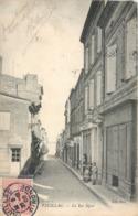 CPA 33 Gironde Pauillac La Rue Ségur Patisserie - Pauillac
