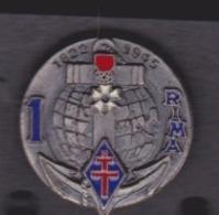 1 PIN'S - 1 ER RIMA  - LEGION D'HONNEUR - Armee