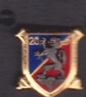 1 PIN'S - 20 EME  REGIMENT ARTILLERIE POITIERS - Army