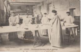 BLANCHISSERIE NIVERNAISE          SALLE DE REPASSAGE - Nevers