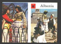 Folk Costumes Of Central Albania - Albanie