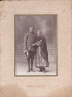 Photographie Brest Mariage Militaire Et Femme Habit Traditionnel Et Coiffe De Brest  Photo Bocoyran Brest ( Ref 191248) - Identifizierten Personen