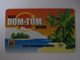"""Carte Téléphonique Prépayée """" Aller DOM-TOM Retour """"  (utilisée). - France"""